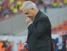 Mizam pe divinitate la EURO 2016: Iordanescu a chemat preotii in cantonament