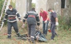 Moarte suspecta la Botosani. Un tanar de 20 de ani a fost gasit mort intr-un bazin pentru adapat vitele