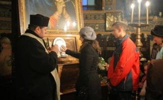 Moastele Sfantului Gheorghe raman definitiv la Brasov