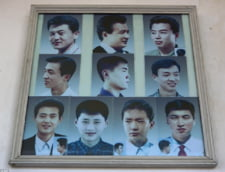 Modelele de tunsori aprobate pentru barbati de regimul din Coreea de Nord