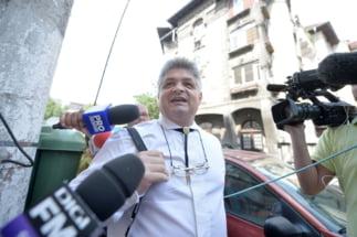 """Modul incredibil cum scoatea Secureanu bani din spitalul Malaxa: I se plateau utilitatile la case si coletele lui """"Vrabi"""""""