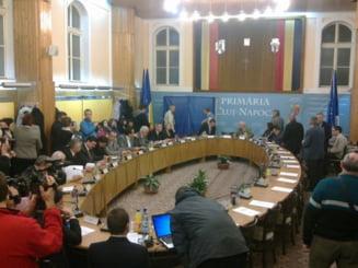 Moisin e primar interimar, cu 15 voturi pentru. Laszlo, 5