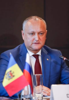 Moldova: Dodon nu vrea sa dizolve Parlamentul, desi il obliga Curtea Constitutionala. Deputatii se reunesc in mod extraordinar