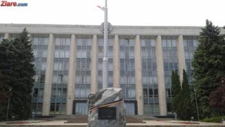 Moldova tot n-are premier: Chiulul deputatilor il face pe Sturza sa isi depuna mandatul (Video)