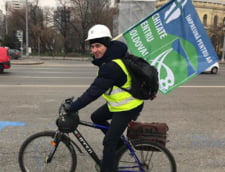 Moldovenii cer autostrada, in Piata Victoriei
