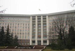 Moldovenii de peste Prut se leapada de romanii de pe listele electorale