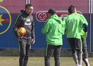 Moment dificil pentru Meme Stoica pe stadionul Dinamo: Puscariasule, gura mica!