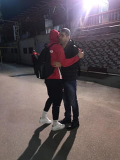 Momente emotionante in parcarea stadionului Dinamo. Cu cine s-a intalnit Liviu Ciobotariu