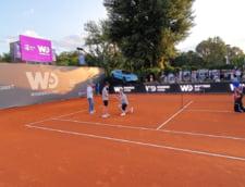 Momente emotionante la Cluj: si-a cerut iubita in casatorie pe terenul de tenis! FOTO