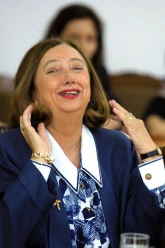 Mona Pivniceru (CCR) si Rodica Stanoiu (fost ministru), audiate marti in Comisia SIPA