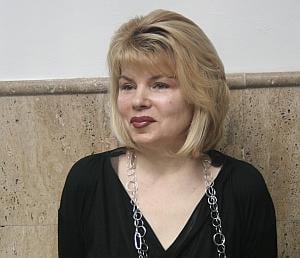 Mona Pivniceru, amenintata ca i se va sparge casa si ca va fi maltratata