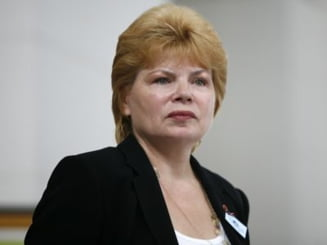 Mona Pivniceru a demisionat din magistratura. Cand poate fi investita ministru al Justitiei?