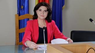 Monica Anisie anunta noi materii optionale