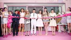 Monica Gabor: Ma distrez de minune cu Paris Hilton