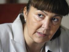 Monica Macovei - Religia nu are ce cauta in scoli. Daca aveti bani pentru biserica, aveti si pentru cultura