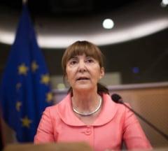 Monica Macovei, dupa avertismentul CE: Opriti modificarile la Codurile Penale! Altfel, ne scoateti din UE!