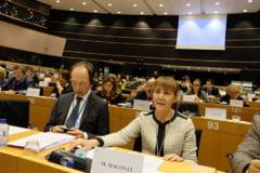 Monica Macovei avertizeaza: Pericolul este iminent. Condamnatul Dragnea este primul beneficar