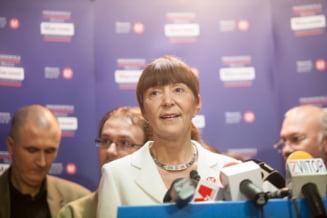 Monica Macovei isi lanseaza partidul