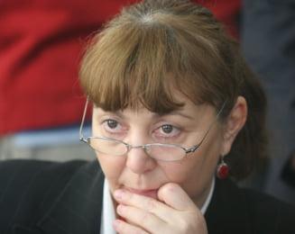 Monica Macovei si-a anuntat pe Facebook candidatura la vicepresedintia PD-L