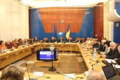 Monica Sasarman: Judetul are de suferit la capitolul dezvoltare, in urma Legii bugetului pe 2015. Presedintele Moldovan: Daca ma intreba cineva, ma declaram impotriva