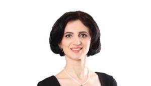 Monica Soare, Artwin: Nu cunosc nicio persoana puternica cu un trecut usor - Interviu