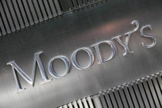 Moody's ar putea reduce ratingurile tarilor din zona euro din cauza Greciei si Spaniei