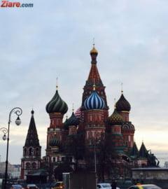 Moscova: Oameni arestati in Piata Rosie, in timp ce citeau cu voce tare Constitutia