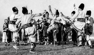 Mosii de vara - imbinare de traditii pagane si crestine