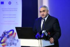 Motiunea Opozitiei impotriva ministrului Educatiei a fost respinsa. Cum s-a aparat Popa