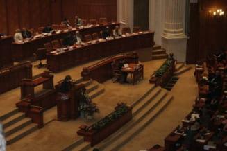 Motiunea USL privind eliminarea subventiei la caldura, respinsa de Senat