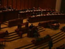 Motiunea de cenzura a picat: Guvernul Boc a scapat inca o data (Video)