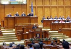 """Motiunea de cenzura a picat, Guvernul Dancila ramane in functie: Au fost doar 161 de voturi """"pentru"""", erau necesare 233"""
