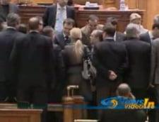 Motiunea de cenzura a picat: Niciun parlamentar nu a votat