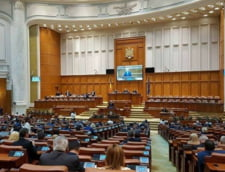 Motiunea de cenzura a picat la vot. Guvernul Tudose nu se clinteste. PNL si-a tras ultimul cartus