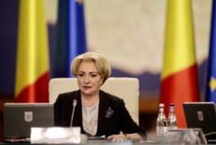 Motiunea de cenzura prin care Opozitia cere demiterea Guvernului Dancila, citita luni in Parlament