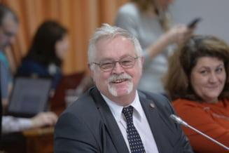 Motiunea impotriva ministrului Energiei a cazut la vot