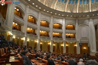 """Motiunea simpla """"Guvernul USL - frana de motor a bugetului"""", dezbatuta si votata marti"""