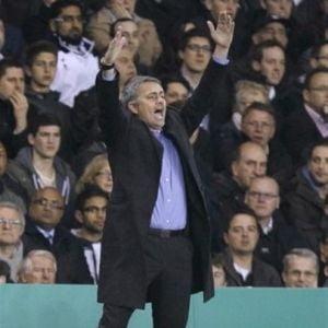 """Mourinho """"Mou-stradamus"""" pune presiune pe Barcelona"""