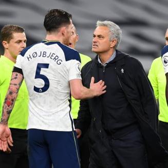 Mourinho este lider in Anglia, dupa ce l-a batut pe Guardiola in derby-ul etapei. Manchester City, doar pe locul 10 in clasament