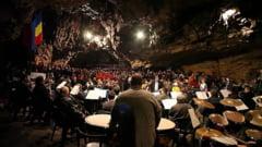 Mozart, Sostakovici, Schubert si Chaplin, la dublul concert aniversar din Pestera Romanesti