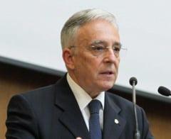 Mugur Isarescu: Riscurile principale la adresa economiei si finantelor tarii tin de evolutiile in planul sanatatii publice