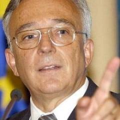 Mugur Isarescu, premier?