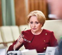 """Mugur Isarescu, prima evaluare pentru Viorica Dancila: """"Este foarte disciplinata"""""""