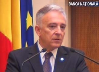 Mugur Isarescu vrea sa prinda euro macar la pensie