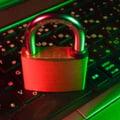 """Munca in format hibrid, """"bombă cu ceas"""" pentru securitatea cibernetică a companiilor. Angajaţii care lucrează de la distanţă resping măsurile de siguranţă RAPORT"""