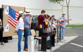 Muzica, pop-corn, cafea si hot-dog oferite de Primaria Braila, de Ziua Americii