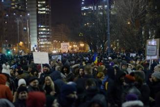 N-ai avut semnal la mobil in Piata Victoriei la proteste? Iata cum s-ar putea rezolva problema