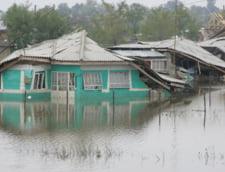 N-am scapat de inundatii: Cod portocaliu pana la miezul noptii