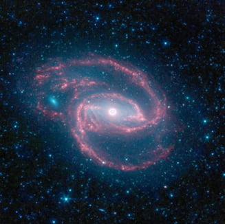 NASA a descoperit o gaura neagra imensa, in centrul unei galaxii indepartate