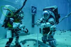 NASA testeaza noile costume spatiale, concepute pentru suprafata selenara